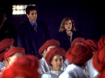 210 RED MUSEUM (Le musée rouge)  dans SAISON 02 (1994/1995) 2101