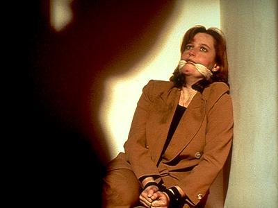 213 IRRESISTIBLE (Le fétichiste)  dans SAISON 02 (1994/1995) 2131