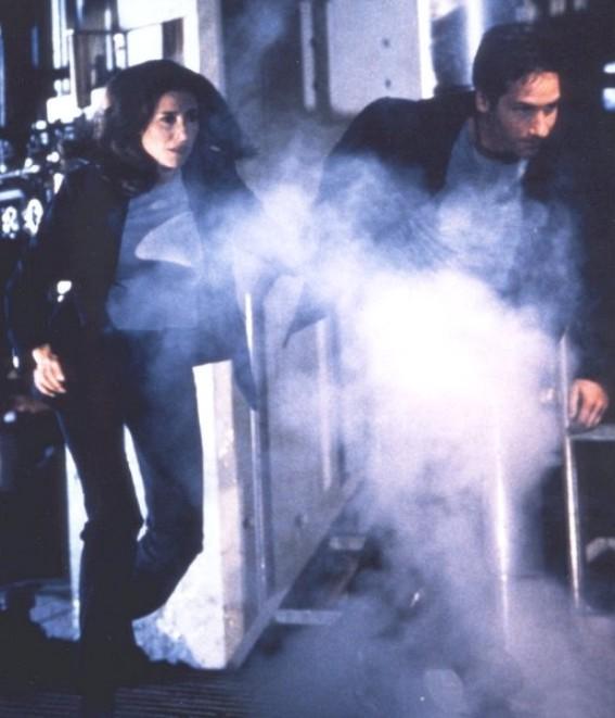 601 THE BEGINNING (Le commencement)  dans SAISON 06 (1998/1999) mss1551