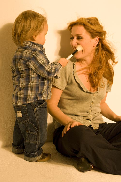 Photo of Gillian Anderson & her Son  Felix Griffiths